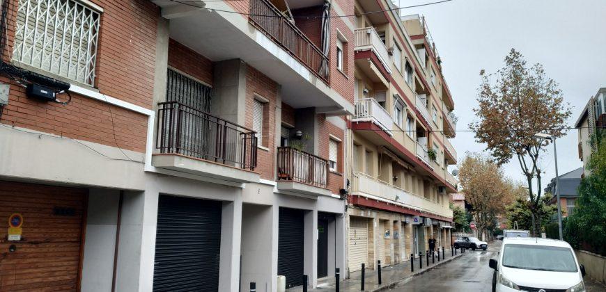 Local comercial en alquiler Castelldefels Centre-Muntanyeta – Ref. CS001206EA