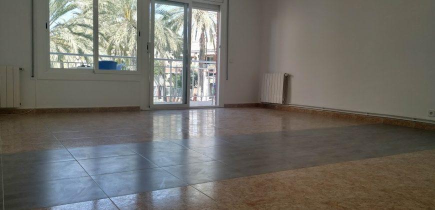 Apartamento en alquiler 1ª linea de playa. Playafels – Ref. CS001228EA