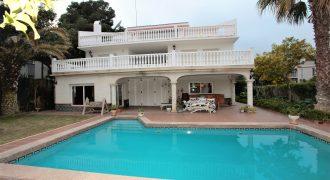 Casa en alquiler en Montemar – CS001270EA