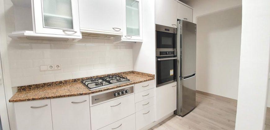 Apartamento en venta en Lluminetes, Castelldefels – Ref. CS001291EA