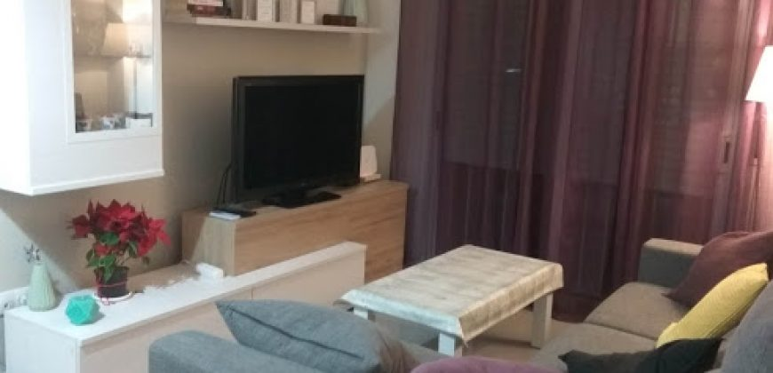 Piso en alquiler en Centre Castelldefels. SIN MUEBLES. – Ref. CS001150EA