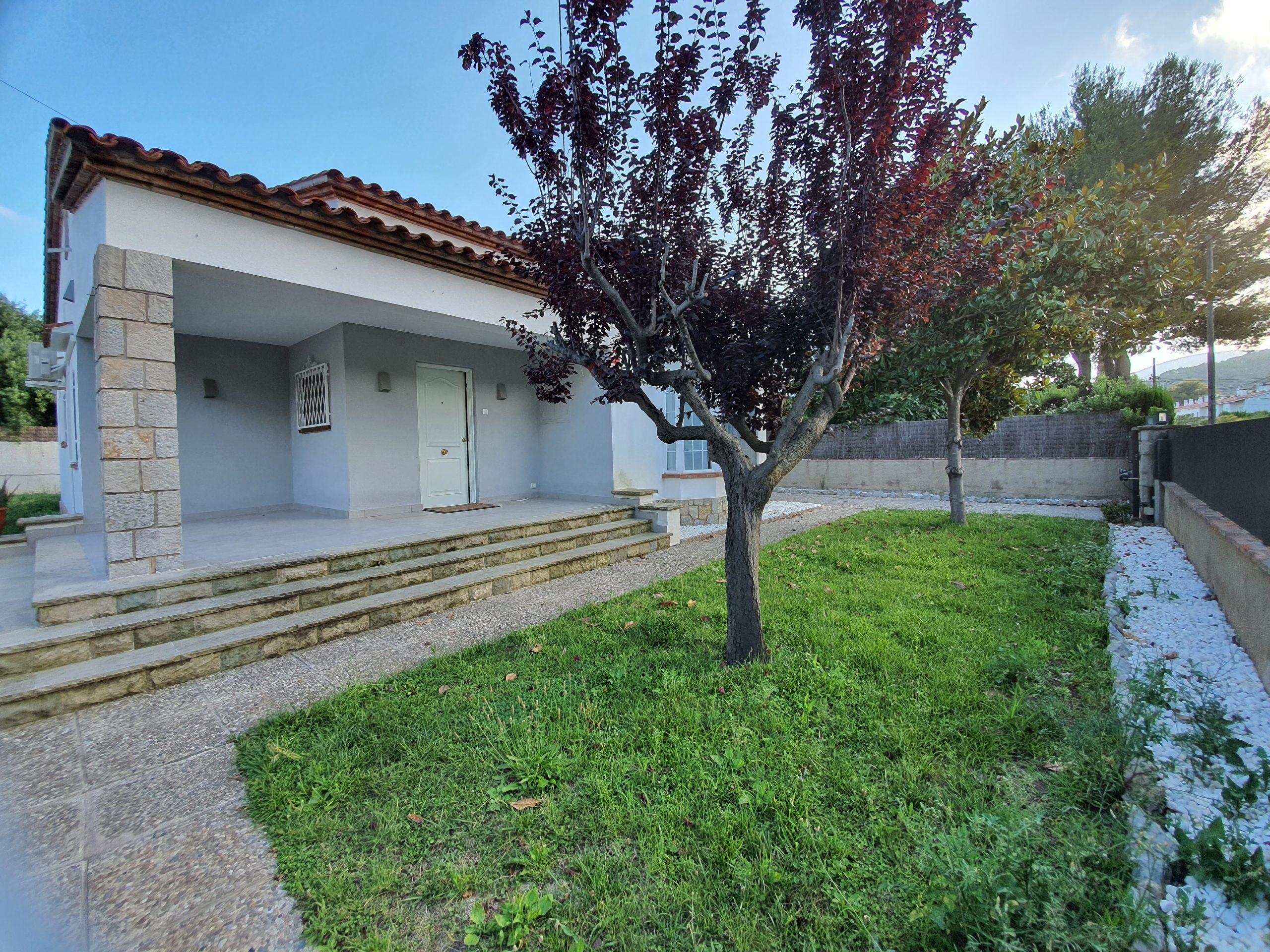 Casa unifamiliar en alquiler en Bellamar, Castelldefels – Ref. CS001301EA